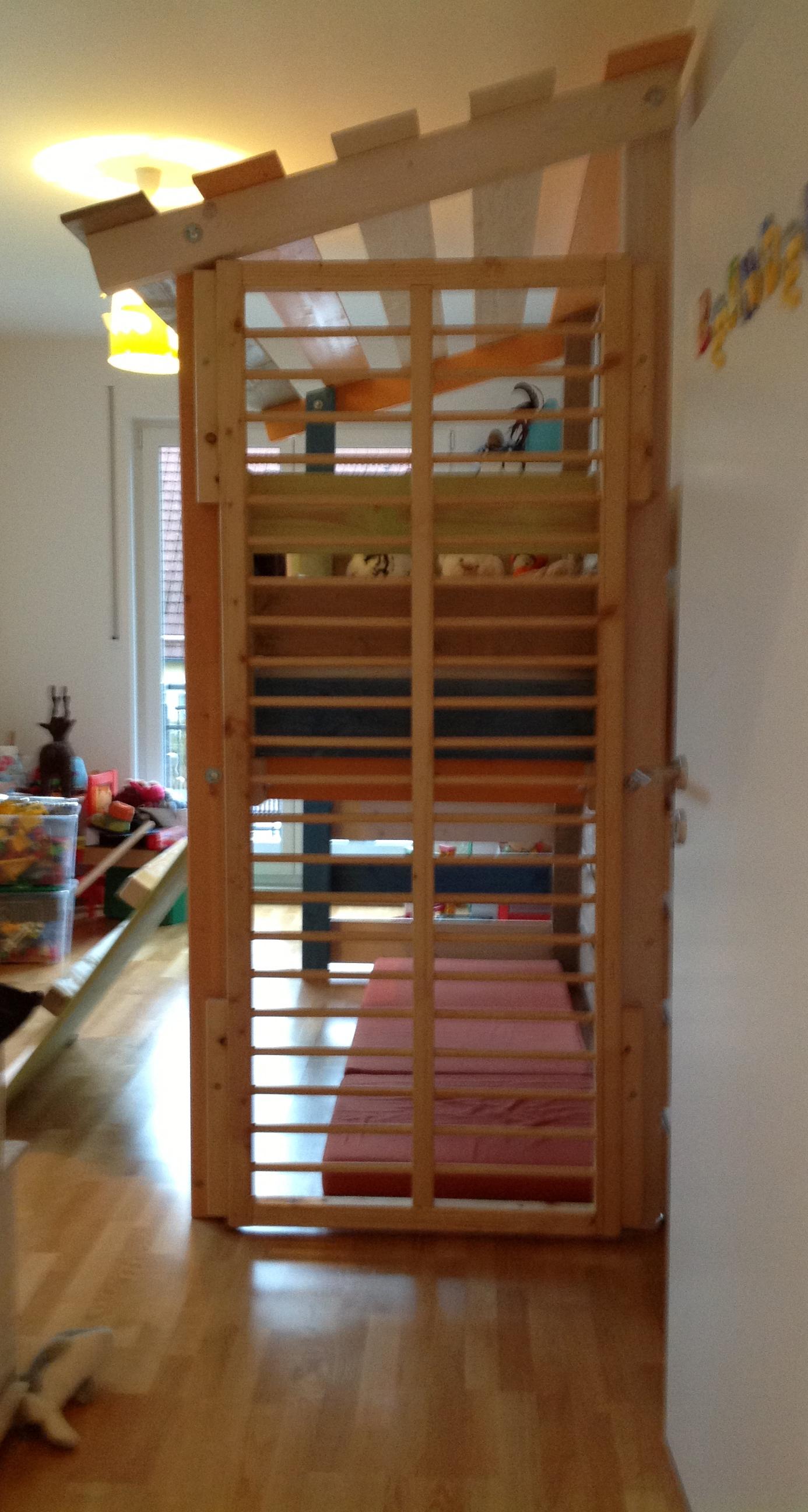 kinderhochbett und spielparadies marc behrend gutes aus holz. Black Bedroom Furniture Sets. Home Design Ideas