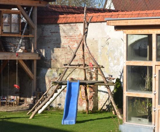 Outdoor Spielturm